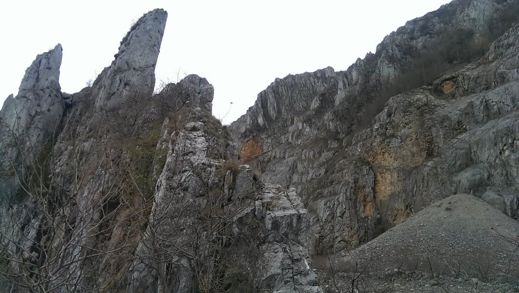sziklás hegyi fogyás)