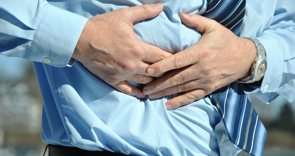 súlyos hányás és fogyás tünetei