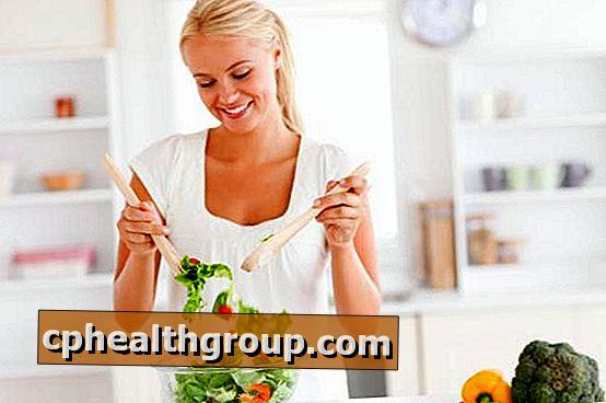 egészséges zsírt eszik, hogy elveszítse a zsírt)