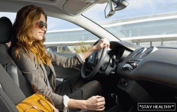 fogyni vezetés közben