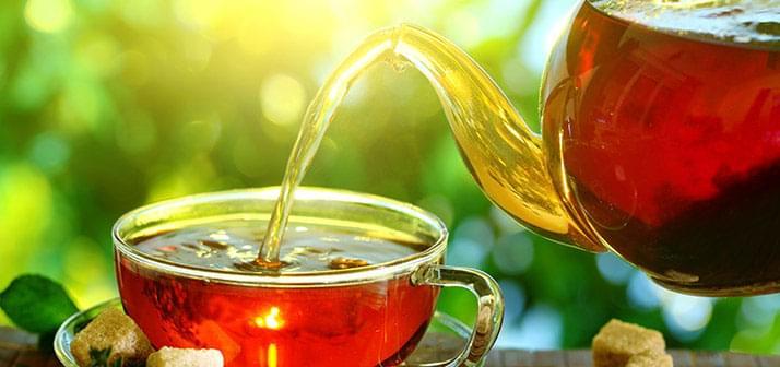 a fekete kávé előnyei a fogyáshoz)