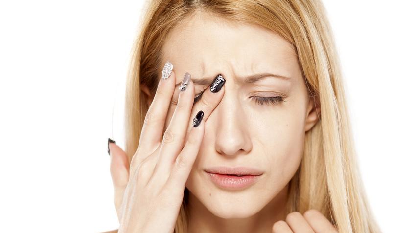 felső szemhéj zsírcsökkenése