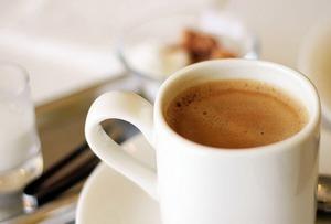 A KOFFEIN nem ismert káros hatásai! Mit okoz, miért jobb nélküle?