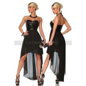 karcsúsító fekete estélyi ruhák