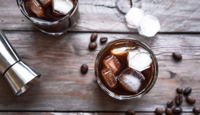 súlycsökkentő kávé uralkodik)