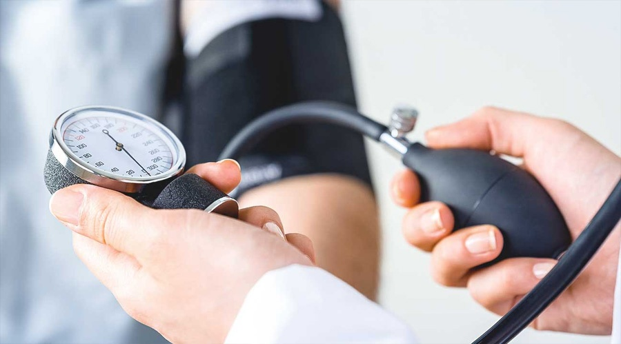 fogyás hatása a vérnyomásra)